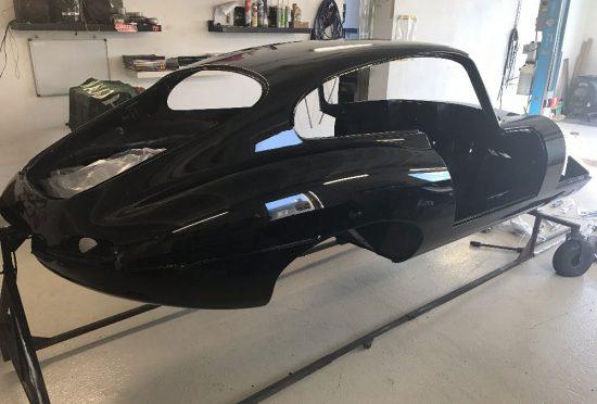Jaguar E-Type FHC 1961 Flat Floor Projekt