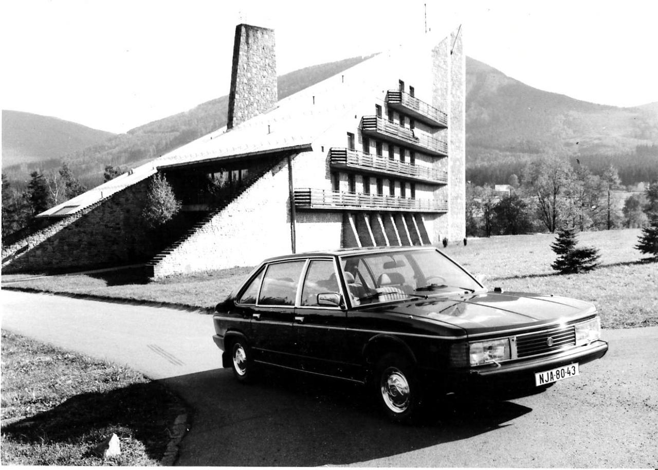 Tatra 613 Special