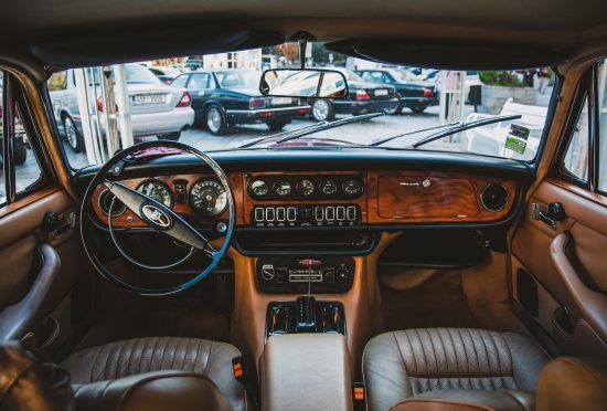 Jaguar XJ12 S1 5.3Litre - 3