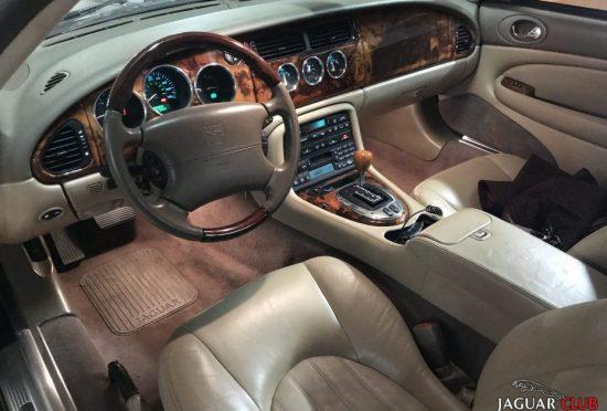 Jaguar XK Convertible X100 - 3