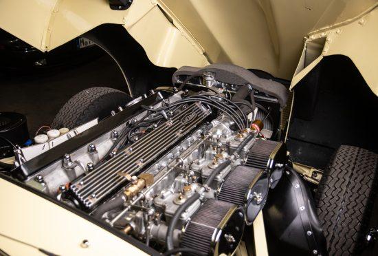 Jaguar E-Type S2 4.2l FHC RENOVACE - 26