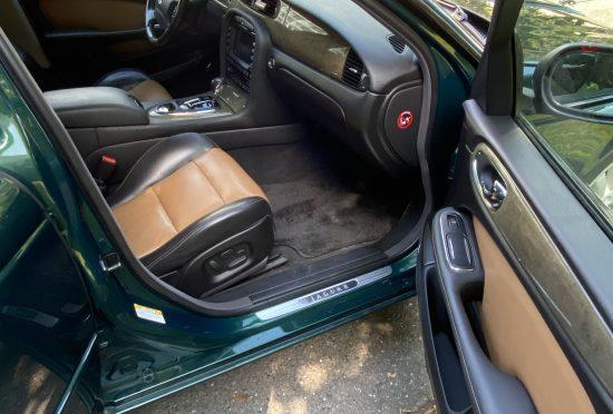 Jaguar XJR 4.2 - 7