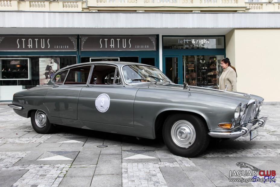 Jaguar MKX 4.2 1964